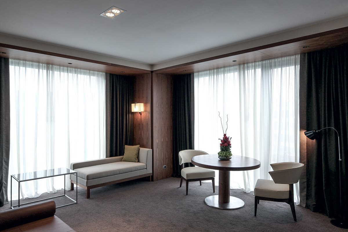 porada_projects_Hilton_Hotel_3